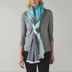 Lululemon Love & Light scarf - BNWT